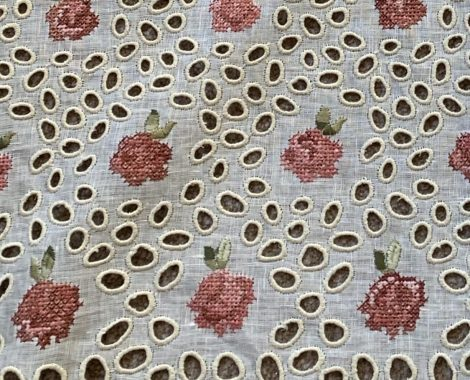 embroidery_broderie_anglaise_1